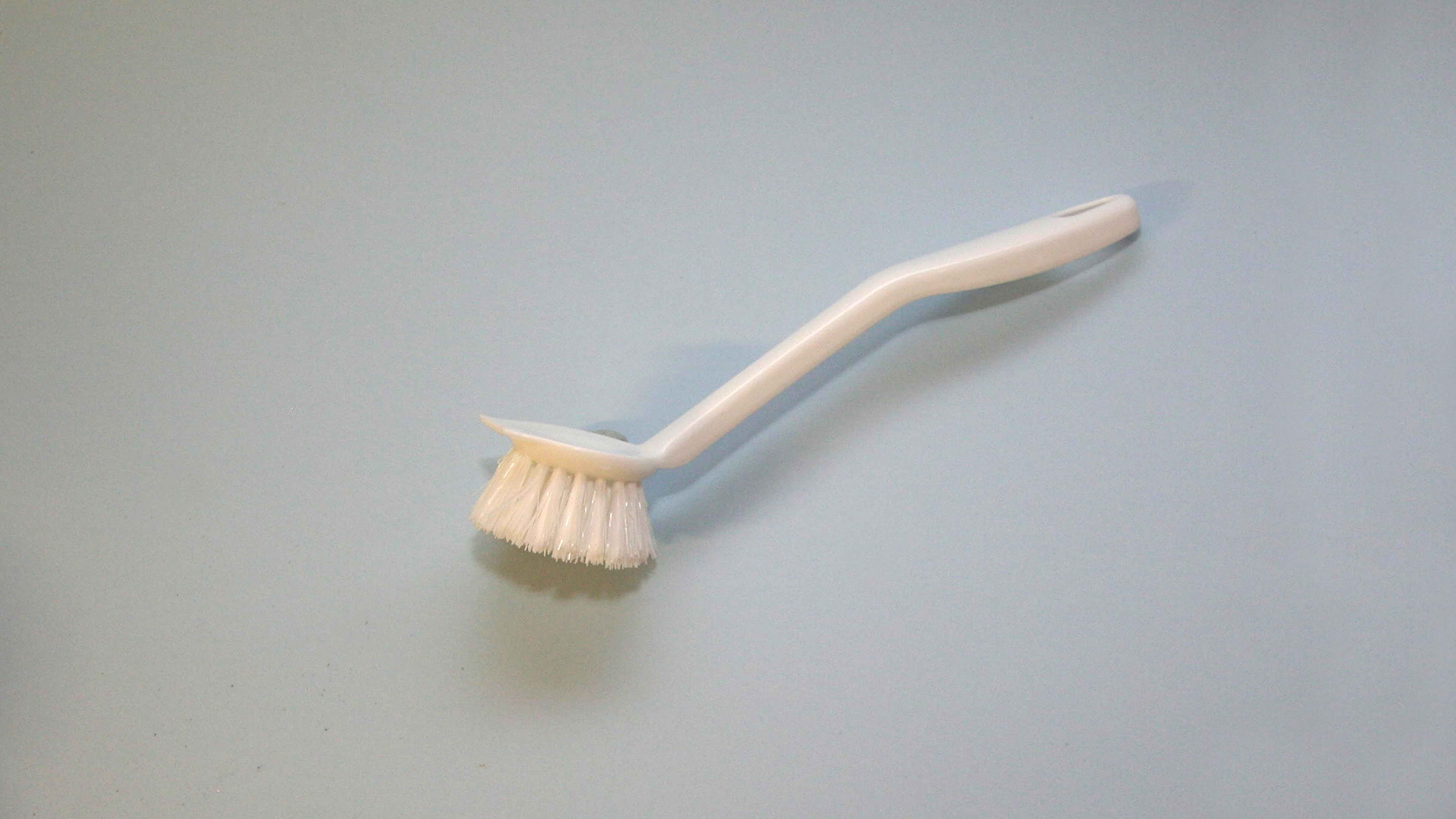 STANDARD DISHWASHING BRUSH EA.                             AVAILABLE INDIVIDUALLY OR BOXED NORMALLY BOXED IN 100'S