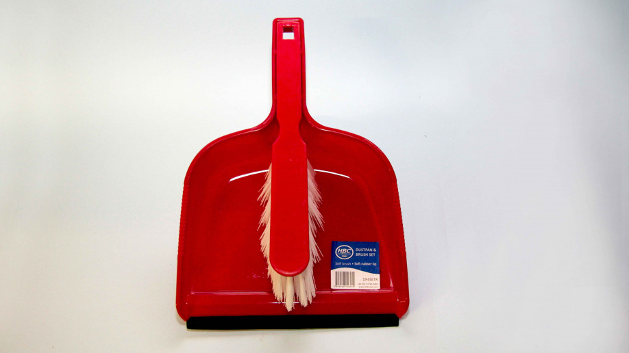 OPEN PLASTIC DUSTPAN AND BRUSH SET STIFF RED EA.