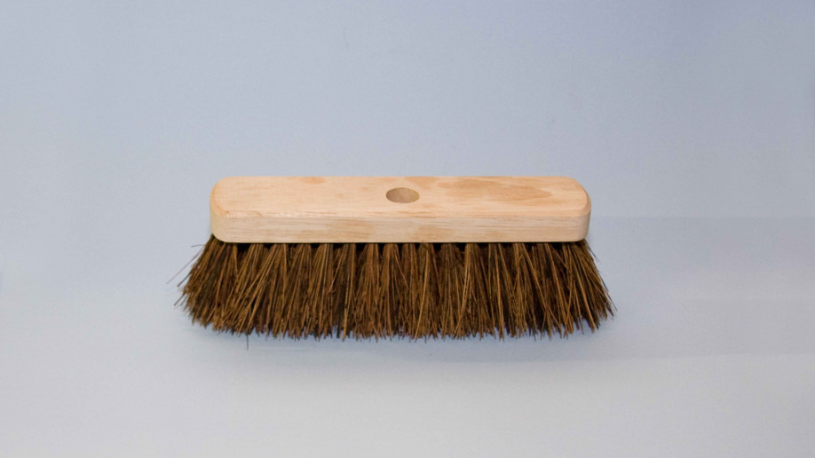 10 25CM BASSINE YARD BROOM EA.